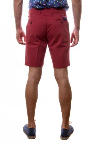 Bermudas de algodón en rojo
