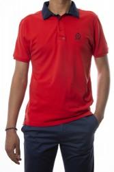 Polo rojo cuello combinado